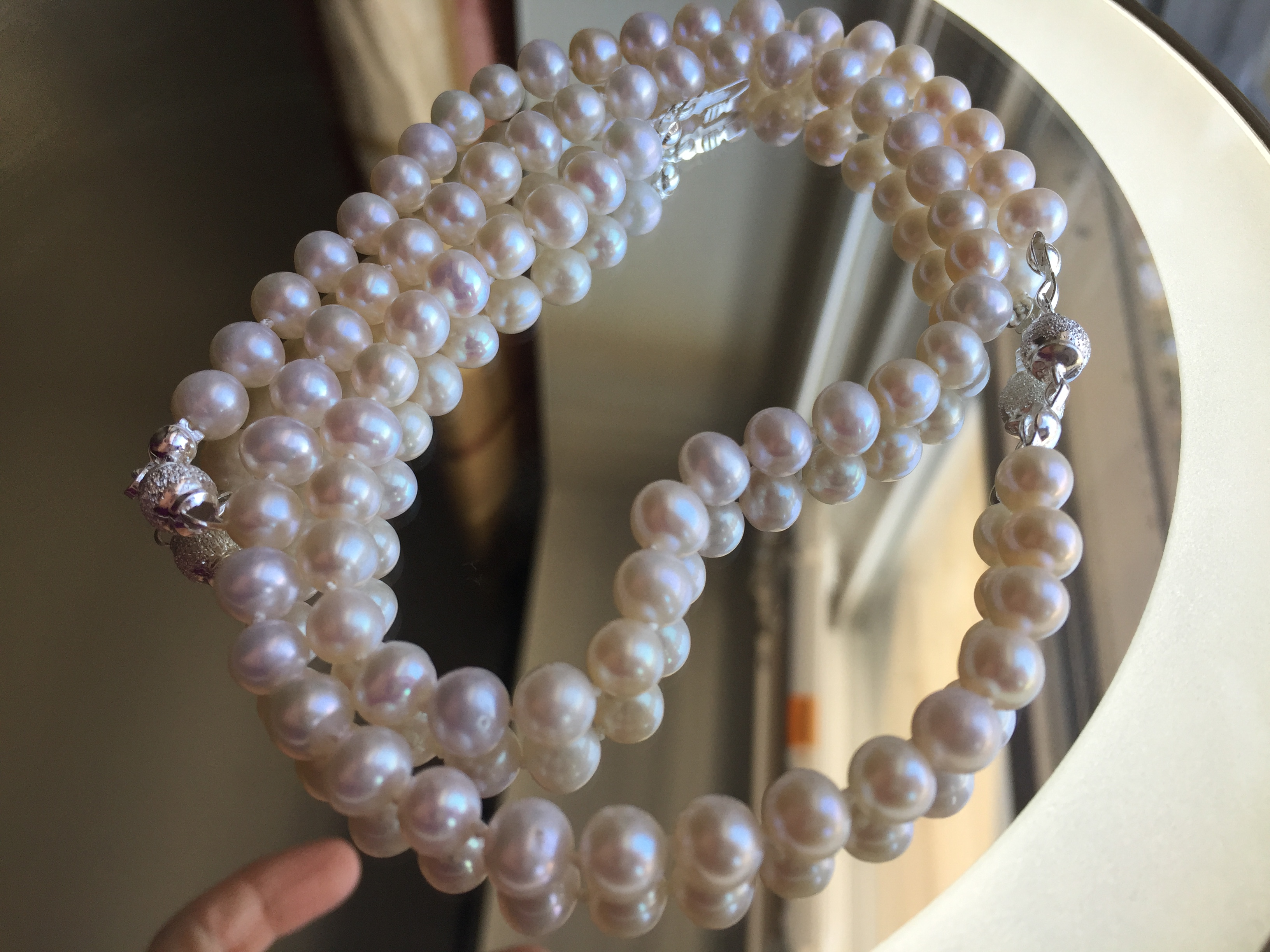 is a pearl made zylana not south pearls sea tahitian water freshwater found perfect